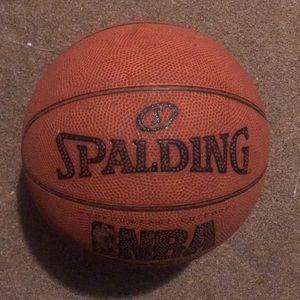 I'm selling a basketball